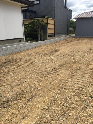 愛知県西春日井郡豊山町の駐車場の造成工事終了しました。